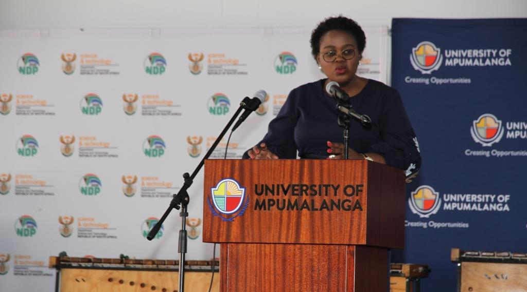 Minister Kubayi-Ngubane urge learners to prepare for Industry 4.0